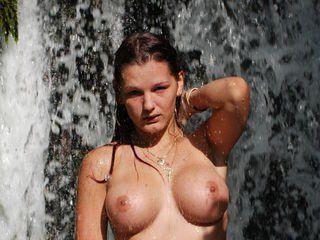 LisaHoney69